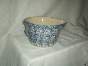 Henn Workshops blue Sponged batter bowl with spout and handle