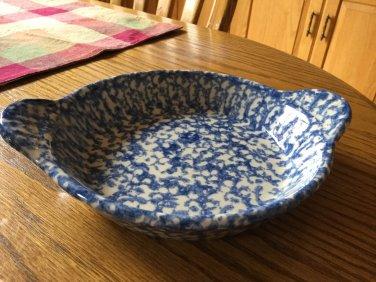 Henn Workshops blue sponged Cherry Tart Baker