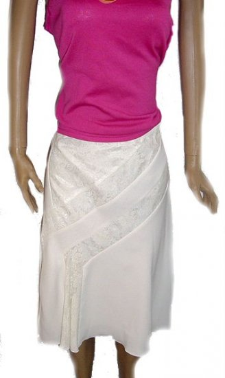 RANDOLPH DUKE White Skirt with Lace Fabric SZ 4 NWOT
