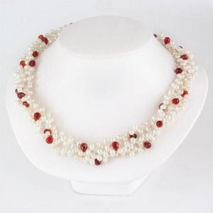 Genuine RED GARNETS BRIOLETTE Freshwater Pearl Necklace