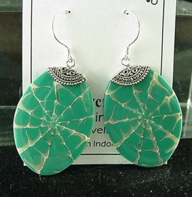 New Natural Shell  Inlay Sterling Silver Earrings Green