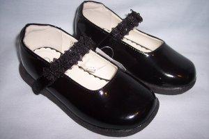 Girls' Toddler Size 8 Genuine Kids from OshKosh® Black Patent Mary Jane Dress Shoes NEW