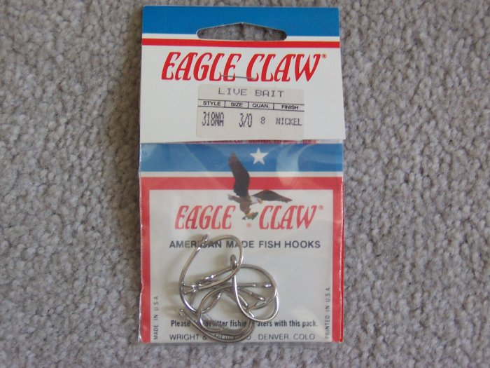 Lot of 168 Style 318NA Eagle Claw Hooks NEW in packages - size 3/0 - Nickel