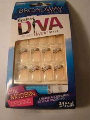 Broadway Nails Fashion Diva Devine