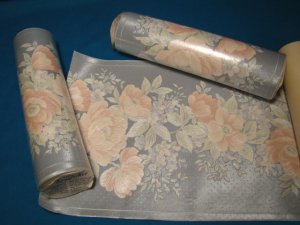 Floral wallpaper border Forbo Kingfisher prepasted vinyl wallcovering gray pink flowers 2 rolls plus