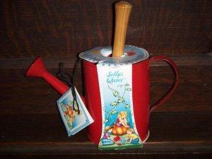 Sally's Choice Decorative Indoor Outdoor Garden Kit Red Metal Watering Can with Metal Trowel