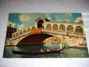 Vintage Venezia The Rialto Bridge Italian Postcard Italy International unused
