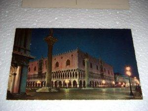 Vintage Venezia The Ducal Palace by night Italian International Postcard unused