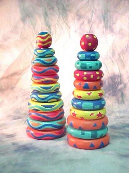 Wooden Donut Ring Toy (Rainbow)