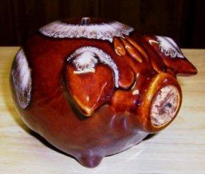 Hull Pottery Corky Pig  Pink Drip
