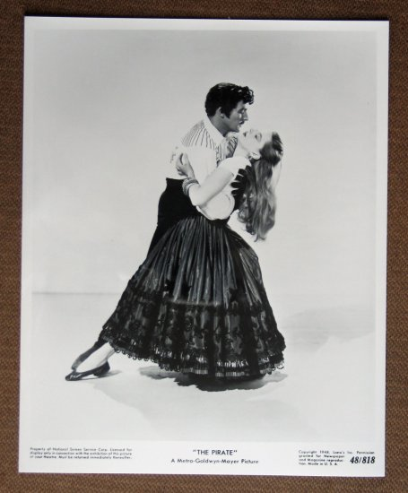 BT06 The Pirate JUDY GARLAND and GENE KELLY 1948 Studio Still