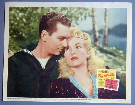 PIN UP GIRL Betty Grable c/u  original 1944 lobby card