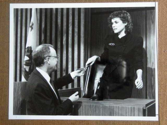 GE19 Alfred Hitchcock Presents BARBARA HERSHEY TV Still