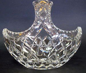 Hand cut Glass 24% lead crystal small basket crystal, easter gift