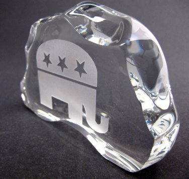 GLASS  24% LEAD CRYSTAL PAPERWEIGHT republican made in USA elephant