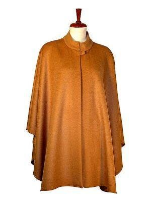 Elegant fashionable Cape,Poncho made of Babyalpaca wool