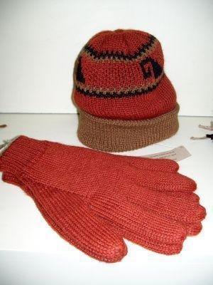 Red woolen hat, cap and gloves,mittens,Alpaca wool