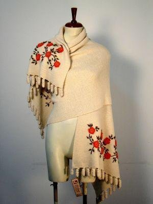 Embroidered huge shawl, wrap made of Alpaca wool