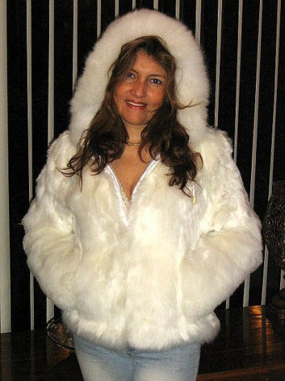 White babyalpaca pelt hooded Jacket, fur outerwear