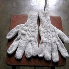 White alpaca wool hand gloves,very soft