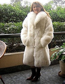 White Babyalpaca pelt long coat, fur outerwear