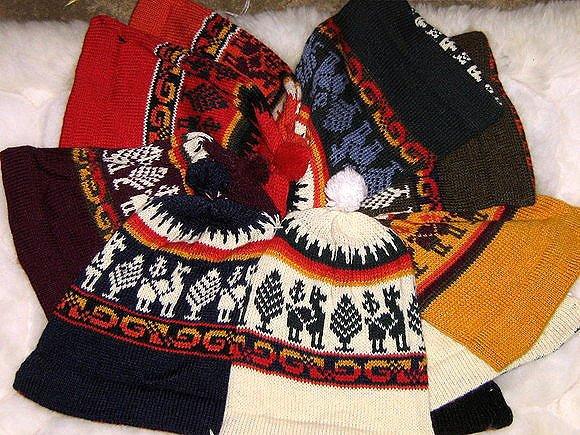 Lot of 100 woolen hats, Alpaca wool,wholesale