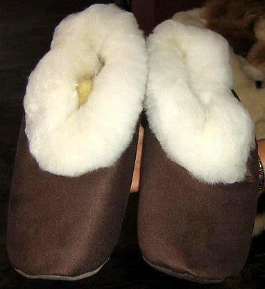 Merino fur slippers, brown house shoes