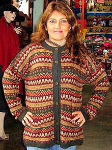 Folklorical cardigan made of Alpacawool