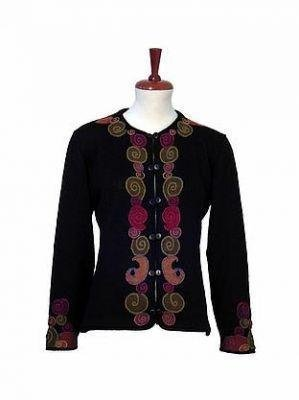 Laborious embroidered cardigan  made of pure warm Alpacawool