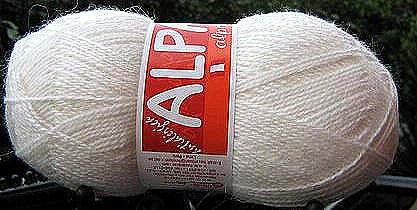1.1 pounds first Quality Alpacawool,white knitting wool