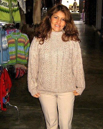 Crew Neck sweater of Alpaca wool, cable pattern