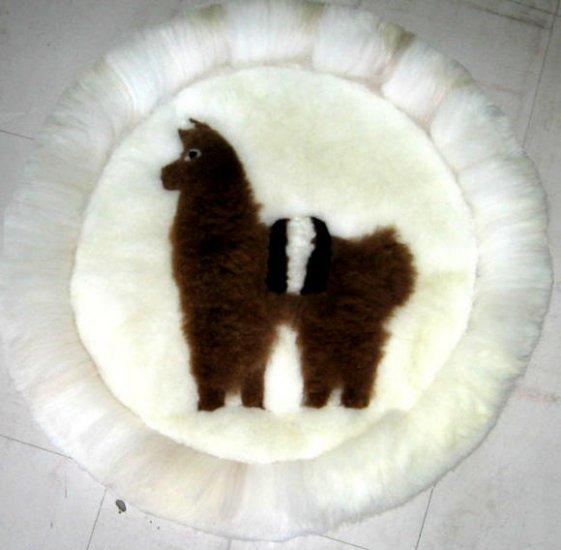 Alpaca fur rug for decoration,40 cm (15.6)diameter