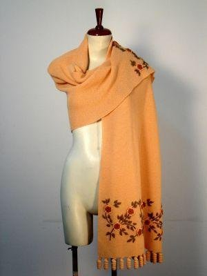 Embroidered huge shawl  made of pure Alpaca wool