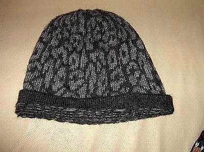 Beanie hat,woolen cap made of alpacawool