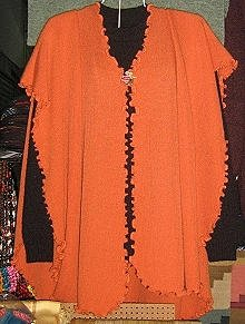 Set of cape and sweater made of pure Alpacawool
