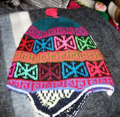 Peruvian Chullo, Hat with ear flaps, cap of Alpaca wool