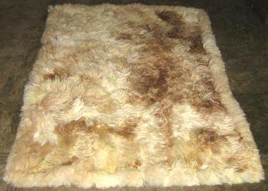 Soft baby alpaca fur rugs in the natural colores white and brown, 80 x 60 cm