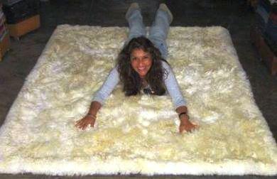 White babyalpaca fur rug from Peru, 80 x 60 cm