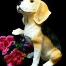 COLLECTIBLE CHARACTERS Large Beagle Stone Resin Figure - 49-26324