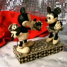 "DISNEY Mickey and Minnie Mouse ""Real Sweetheart"" Disney Traditions - 20-4009260"