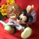 DISNEY Mickey Mouse and Girl Reading - 99-4004004