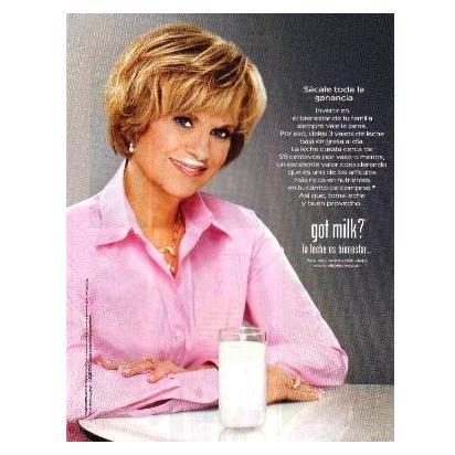 JULIE STAV got milk? Milk Magazine Ad © 2009 SPANISH TEXT