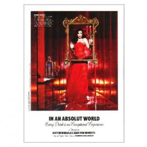 IN AN ABSOLUT WORLD Every Drink... a Vision by Kate Beckinsale Vodka Magazine Ad
