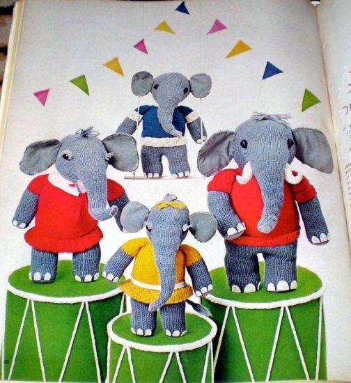 Vintage Elephant Family Knit Pattern
