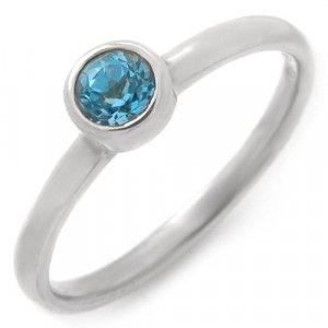 Majestic Lady's Ring with Genuine Topaz
