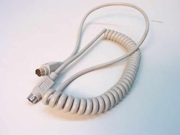 Apple 4 Pin Mini Din ADB Keyboard Cable - No. 590 0616 A - (Preowned - Good)
