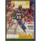 Original Dec. 14, 1992 Issue Sports Illustrated Featuring Bird & Magic (Collectible - Very Good)