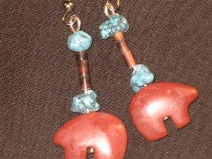 #1001-- Pipestone Bears, Turquoise, Shell Heishi