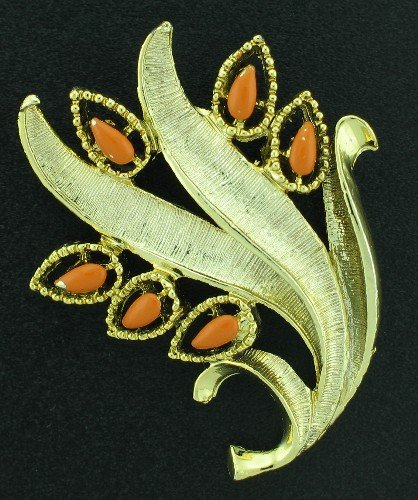 Gerry's Orange Cabochon and Gold Tone Brooch Bro2115