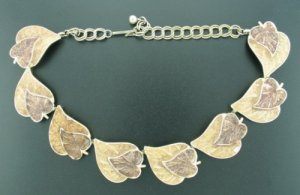 Two Tone Brown Dual Leave Linked Necklace Nec2059